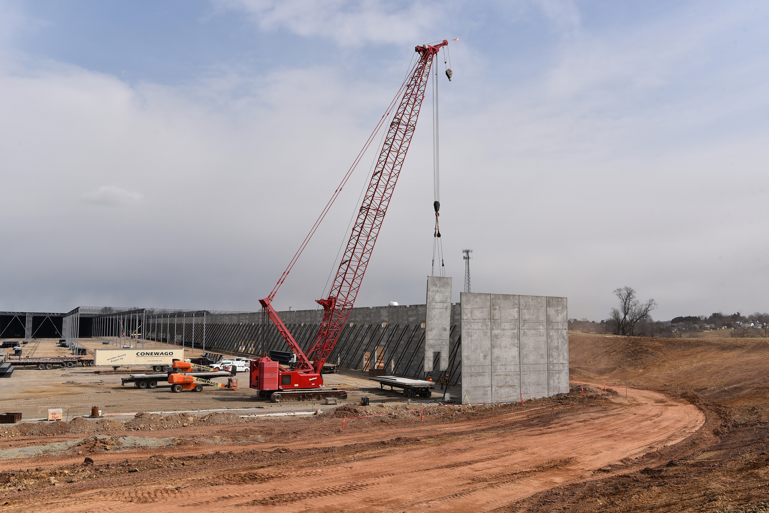 Conewago Manufacturing Steel & Precast Erector Project - Arco - DHL - 84 Zion's View