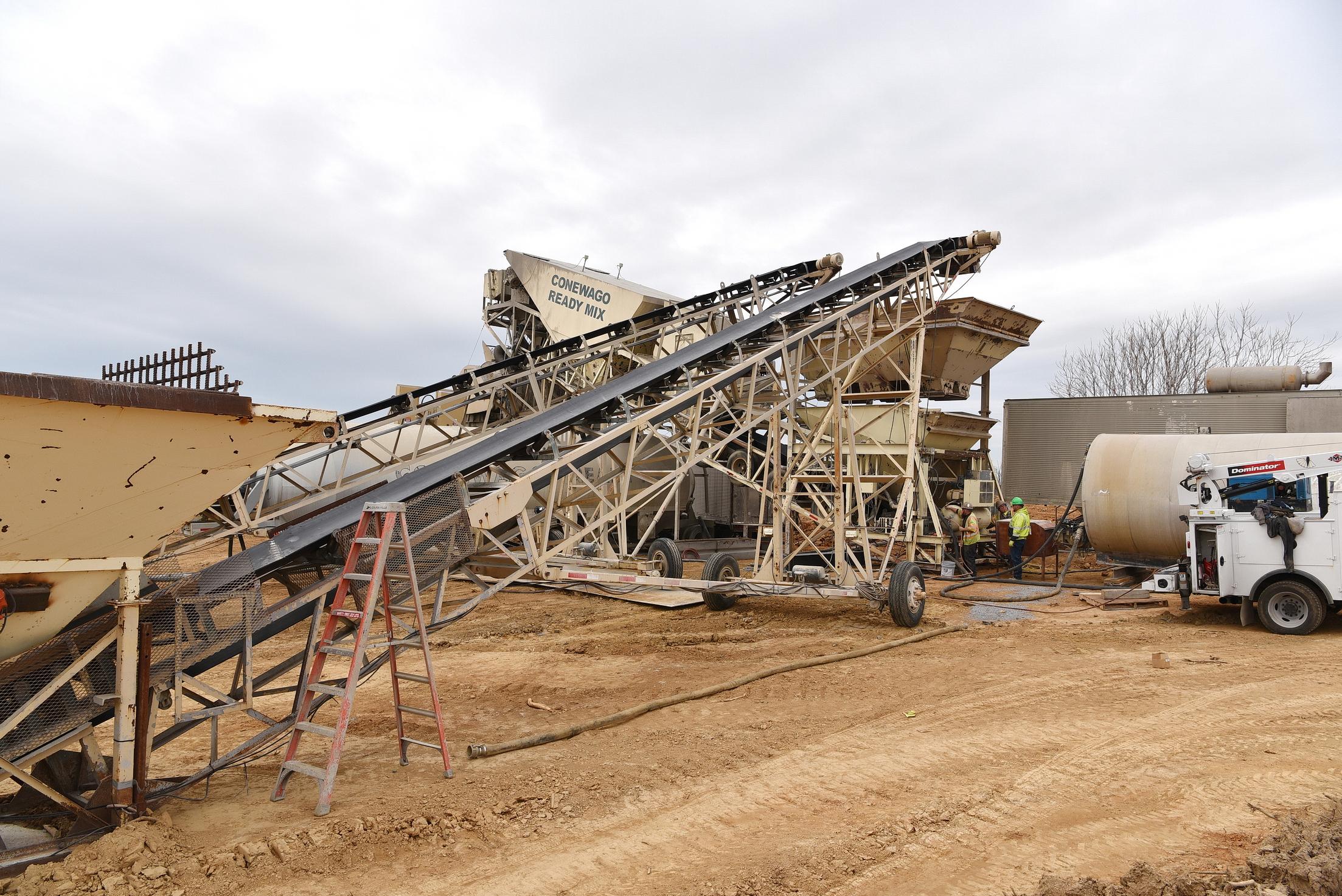 Conewago Manufacturing Mobile Ready-Mix Project - Eldorado Stone