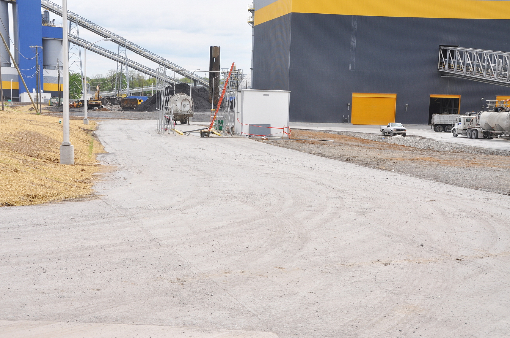Conewago Manufacturing Mobile Ready-Mix Project - Roller Compacted Concrete (RCC) – ESSROC