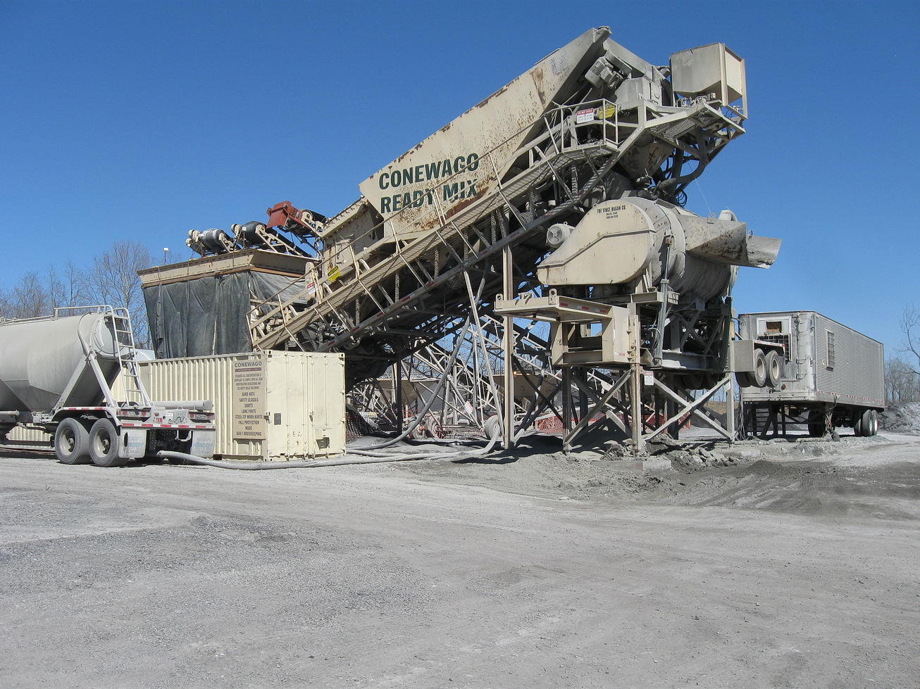 Conewago Manufacturing Mobile Ready-Mix Project - Conewago Manufacturing Mobile Ready-Mix Project - Roller Compacted Concrete (RCC) – ESSROC