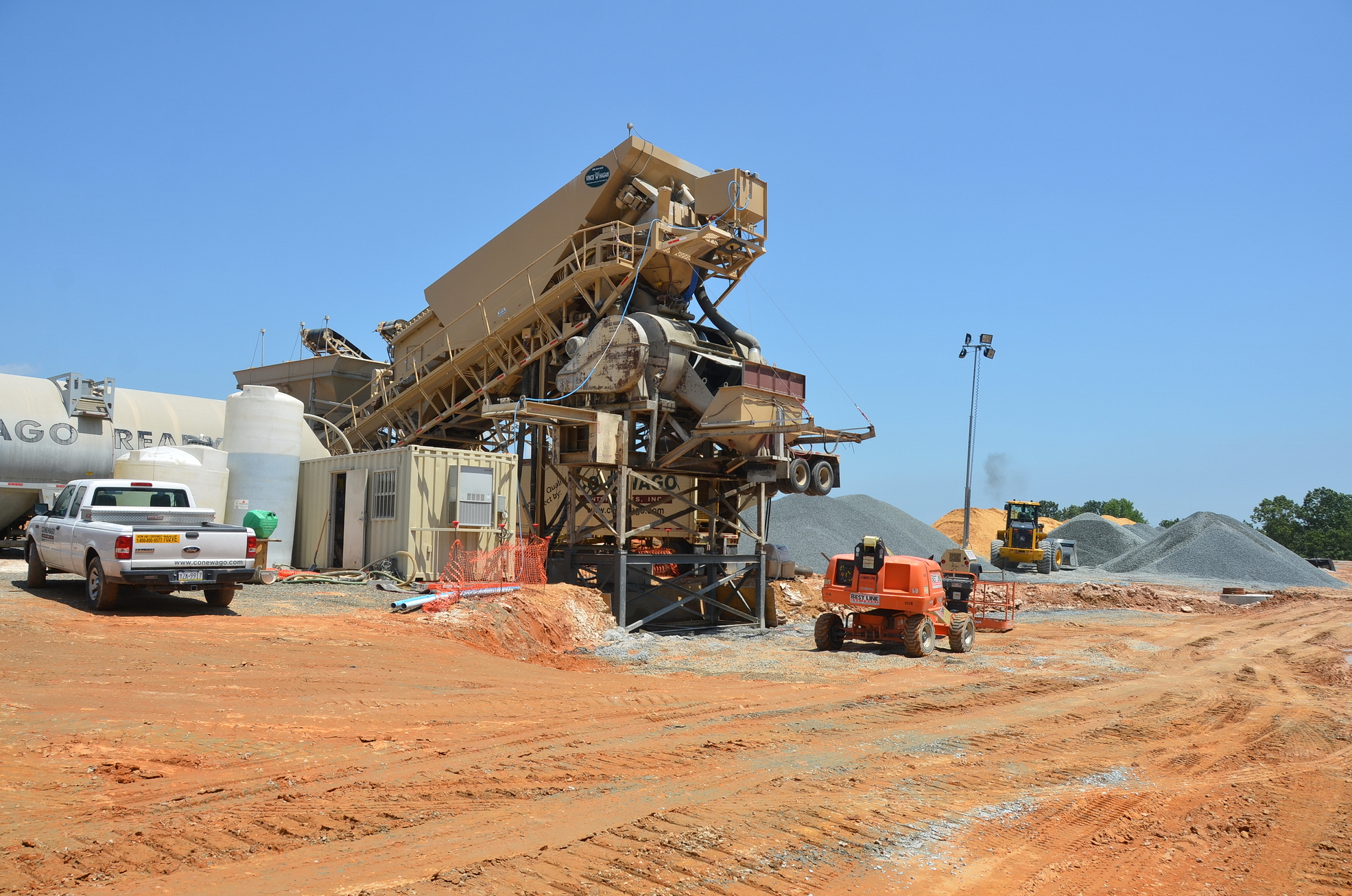 Conewago Manufacturing Mobile Ready-Mix Project - Trammell Crow Company - Amazon Principio