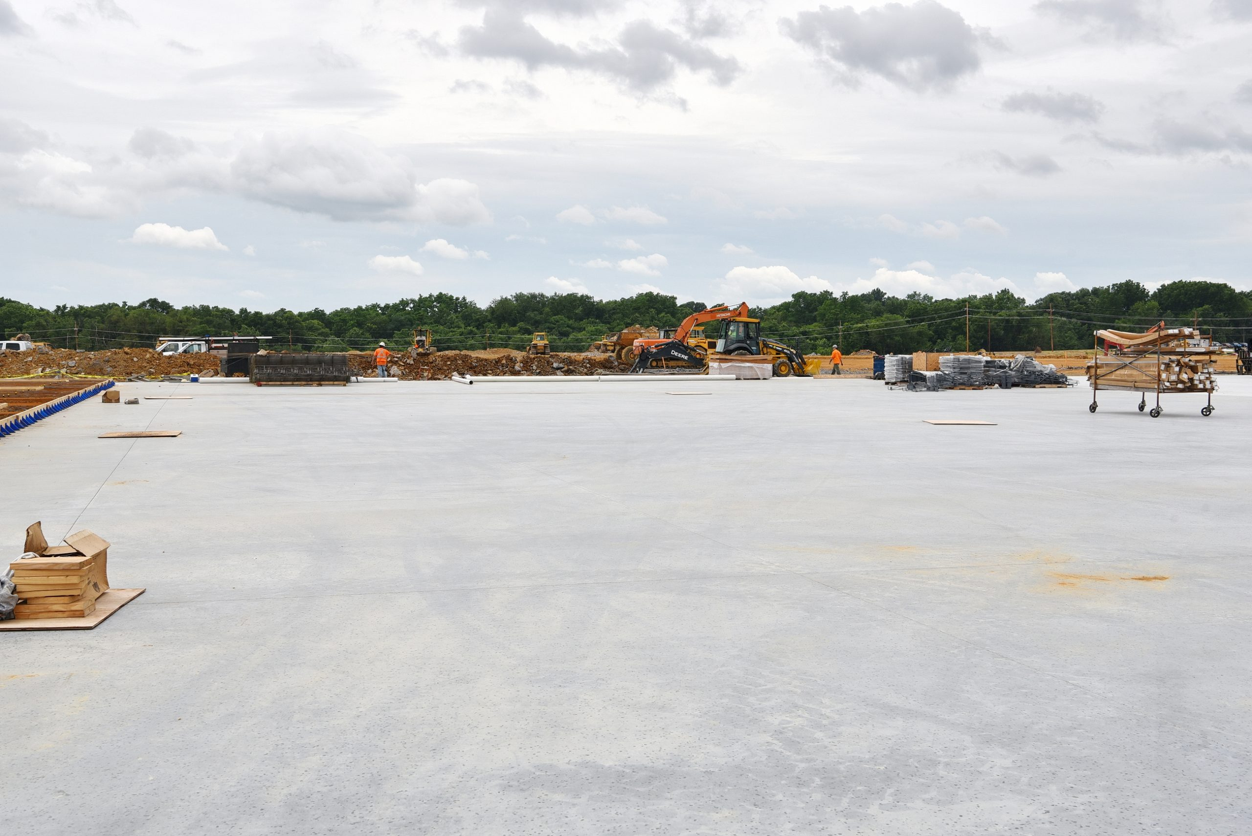 Conewago Manufacturing Mobile Ready-Mix Project - Trammell Crow Company - Amazon Vista